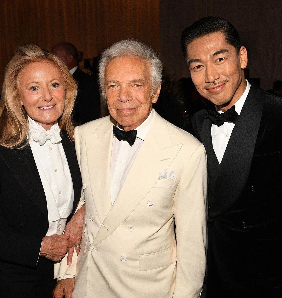 Akira(右)今年九月被時尚品牌Ralph Lauren簽下成為品牌史上第一位...