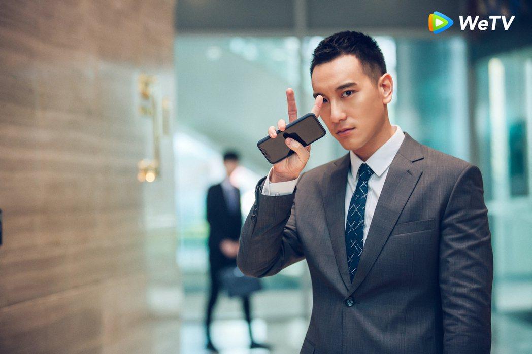 王陽明在「沒有秘密的你」為殺人犯辯護。圖/WeTV提供