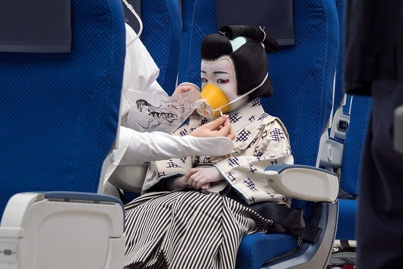 全日空(ANA)2018年在國內線推出以傳統藝術「歌舞伎」為元素的短片。圖/擷自...
