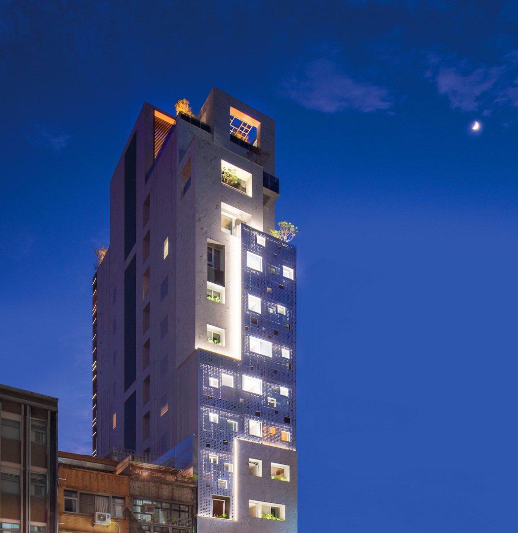 「忠孝162」全新落成,雙立面設計,一棟在北市忠孝東路上為光而生的光雕式建築,將...