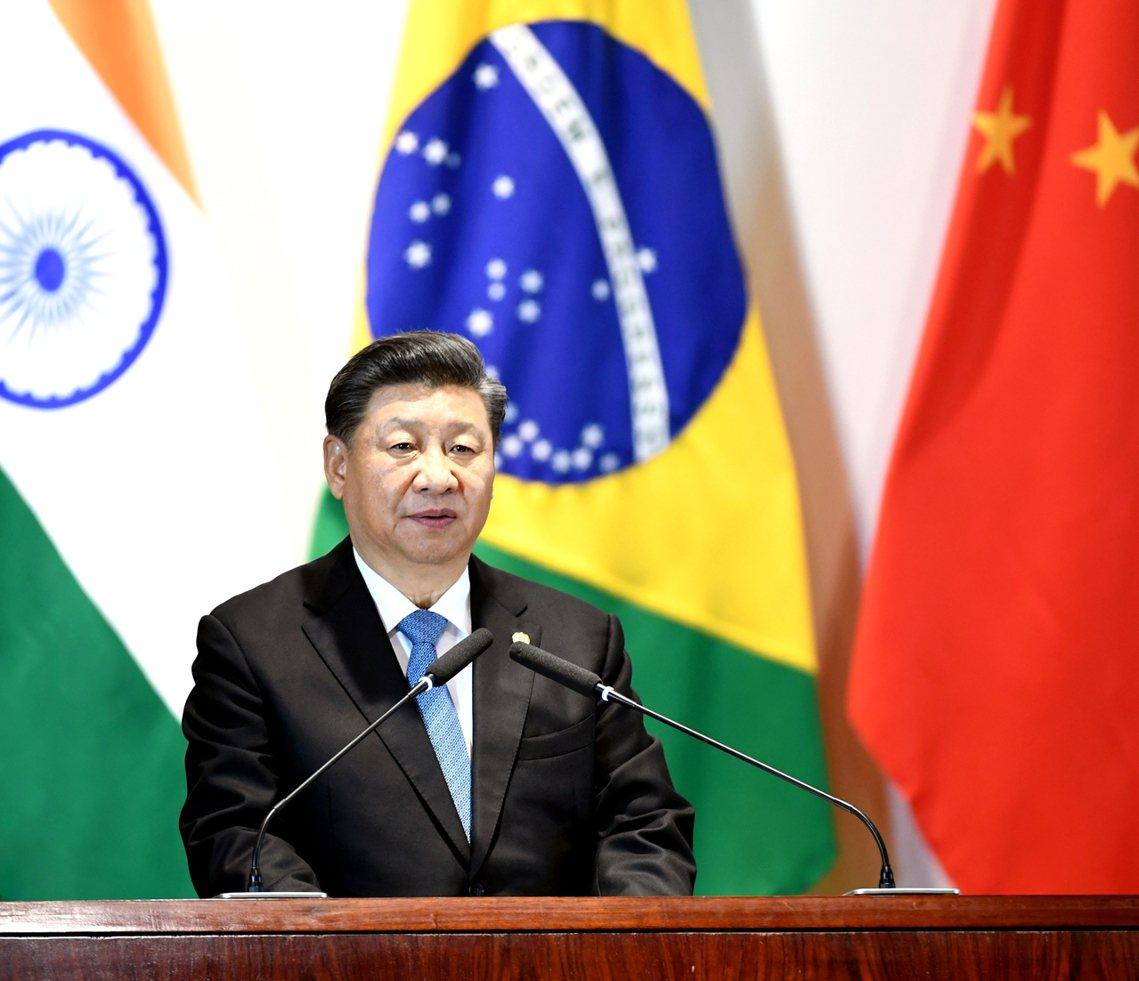 14日晚間,人正在巴西參加「金磚五國高峰會」的中國國家主席習近平,首度針對「香港...