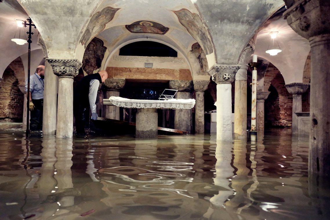 威尼斯主教莫拉利亞(Francesco Moraglia)表示:水患已對聖馬可大...