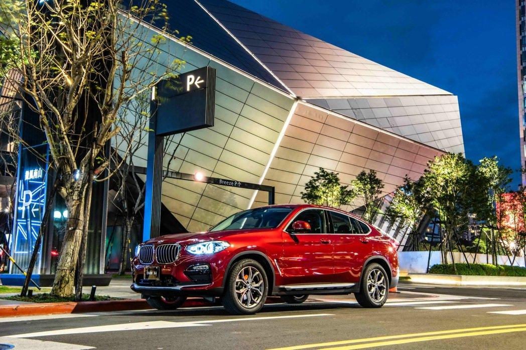 2020年式全新BMW X4配備全面升級,以高規格豪華科技配備滿足喜愛跨界跑旅的...