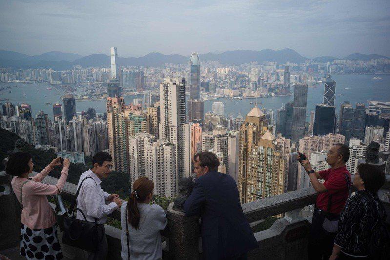 香港經濟受到反送中抗爭嚴重影響。法新社
