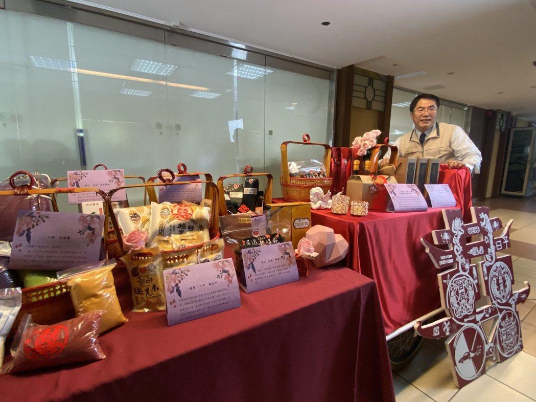 台南市政府準備「嫁妝一牛車」要送給林志玲。記者鄭維真/攝影