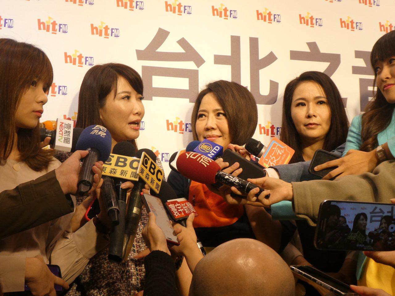 鴻海創辦人郭台銘與台灣民眾黨、親民黨合作,要力拚明年國會席次。但外界解讀,郭仍有...
