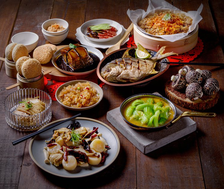 「七層絲路」年菜組合,每套預購價4,988元。圖/飯BAR提供