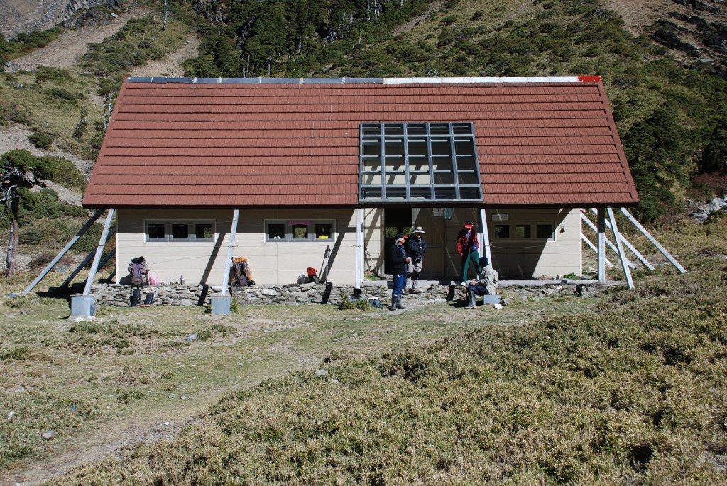 太魯閣國家公園內的南湖圈谷山屋。圖/太管處提供