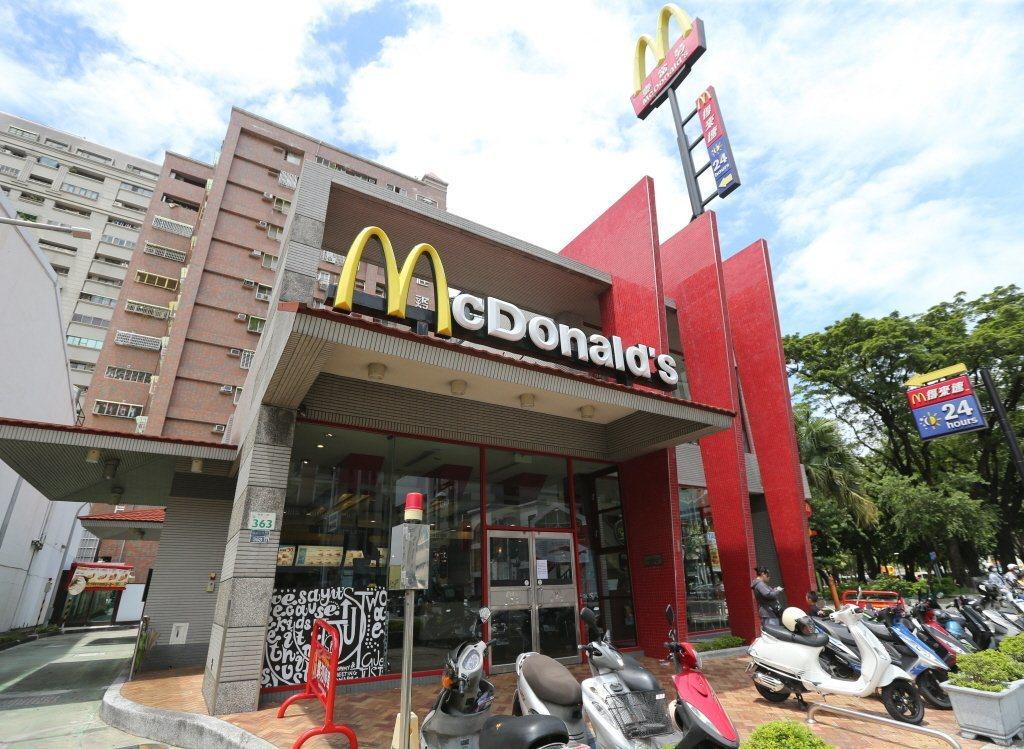 台灣麥當勞「奶昔」已走入歷史,許多死忠粉絲期盼再推復刻版。記者劉學聖/攝影