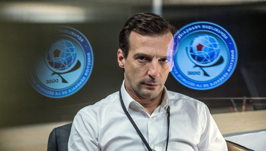 以敘利亞戰爭作為影集劇情基礎,《巴黎情報局》再現當代法國的秘密公務體系。圖/想映
