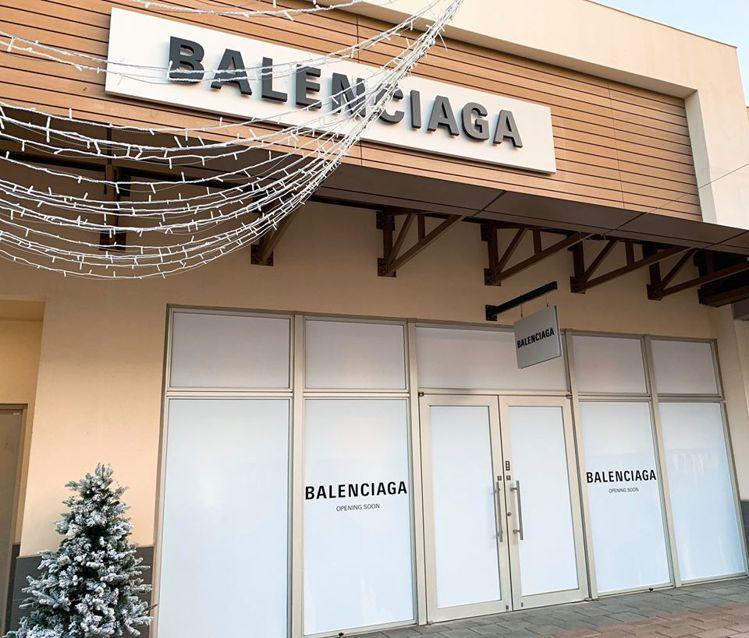 全台首家「BALENCIAGA巴黎世家」OUTLET進駐華泰名品城。圖/摘自GL...