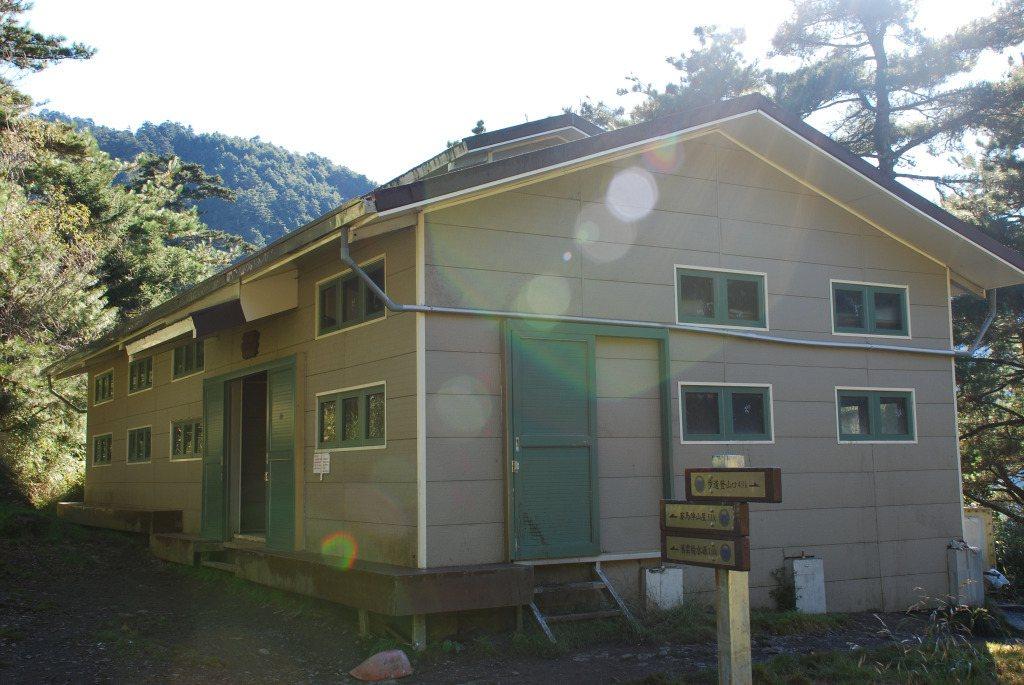 太魯閣國家公園內的雲稜山屋,也在整建計畫中。圖/太管處提供