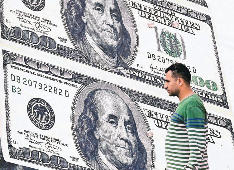 高收益債過去的舊名為「垃圾債」,近年違約率獲得控制,才重回投資人懷抱。