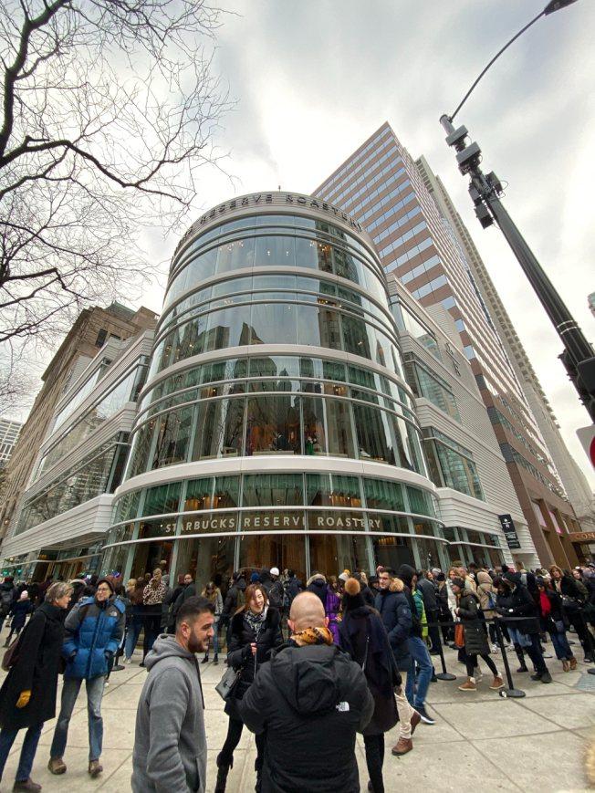 全球最大星巴克 芝加哥今開幕。特派員黃惠玲/攝影