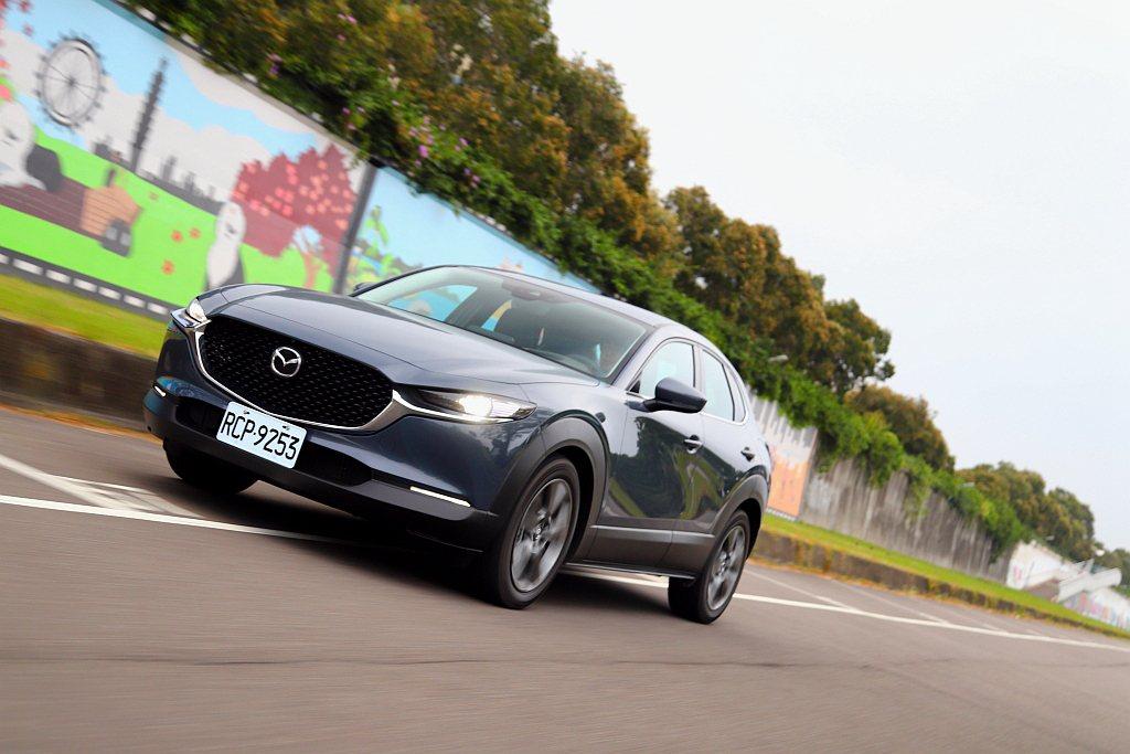 迅速抵台開賣的Mazda CX-30能否在休旅市場殺出重圍,就來看看它有什麼賣點...