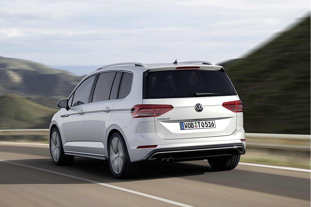 IQ.DRIVE智能駕駛輔助系統,包含ACC主動式固定車距巡航系統、Front ...