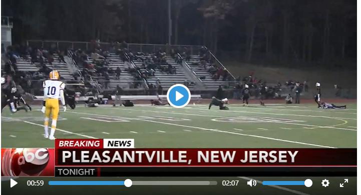 美國新澤西州普萊森維爾市(Pleasantville)15日在一場高中美式足球賽...