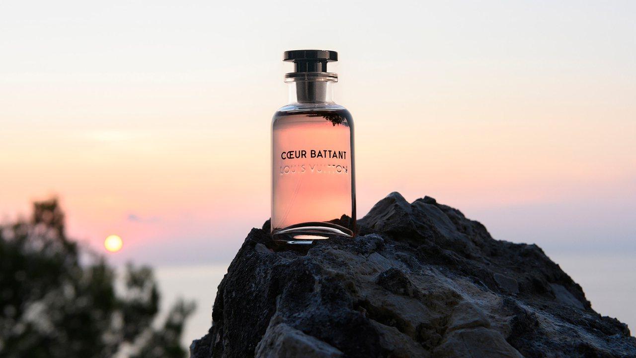 路易威登香水形象廣告以清新梨子香調的Cœur Battant為主視覺。圖/LV提...