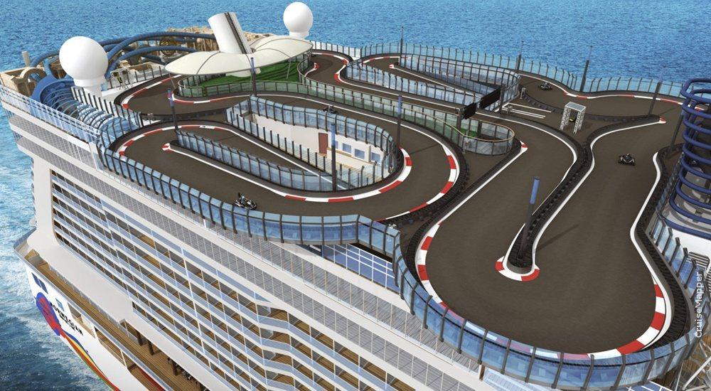 挪威安可號擁有海上最長賽車道。取自挪威郵輪公司官網