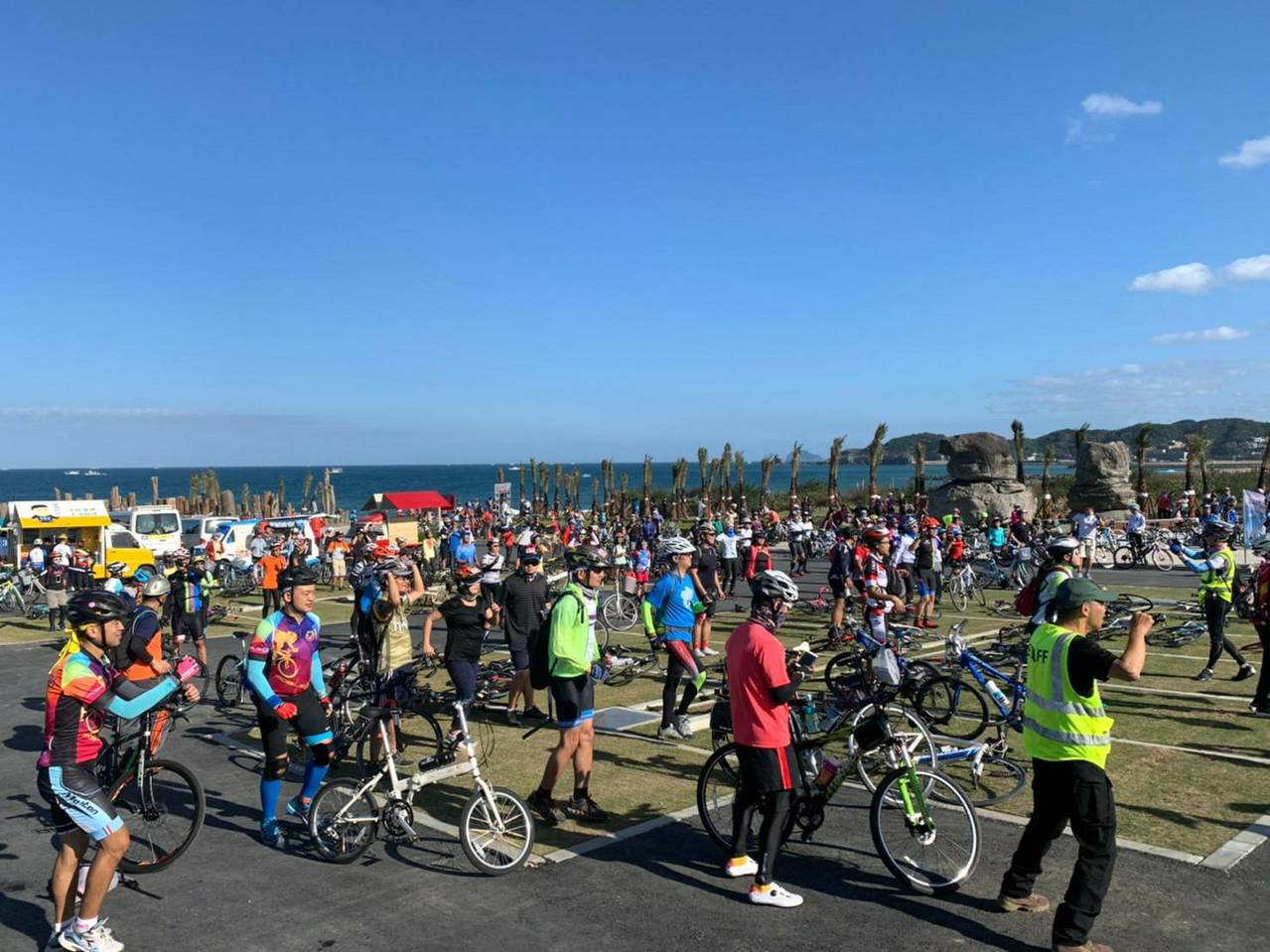 極北燈塔加北海岸小鎮遊,上千車友慢騎生態、景點2路線。圖/北觀處提供