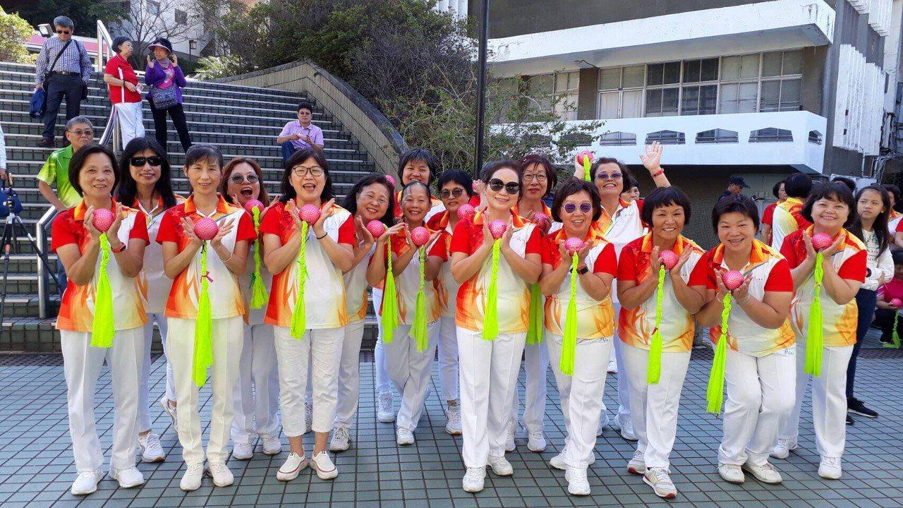 真理大學在16日舉辦全民柔樂球推廣教學成果表演。圖/真理大學提供