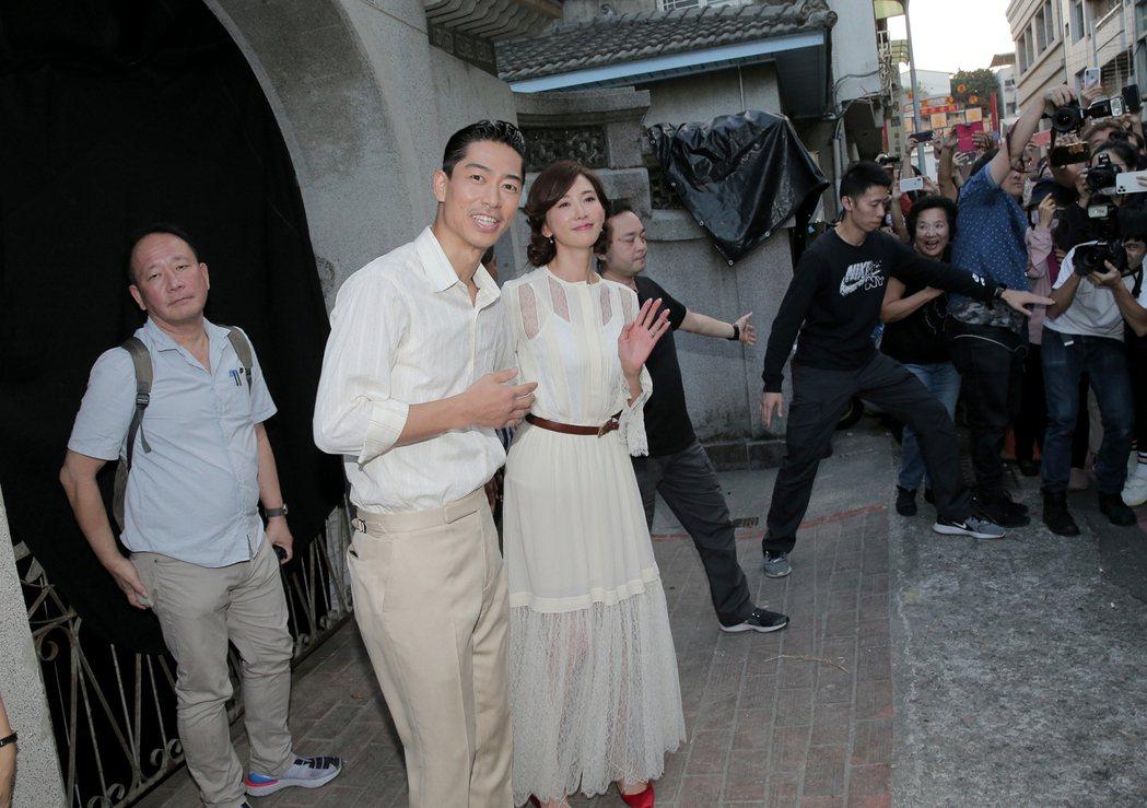 小倆口半夜在台南美術館一館彩排(圖爲早上彩排照)。圖/讀者提供
