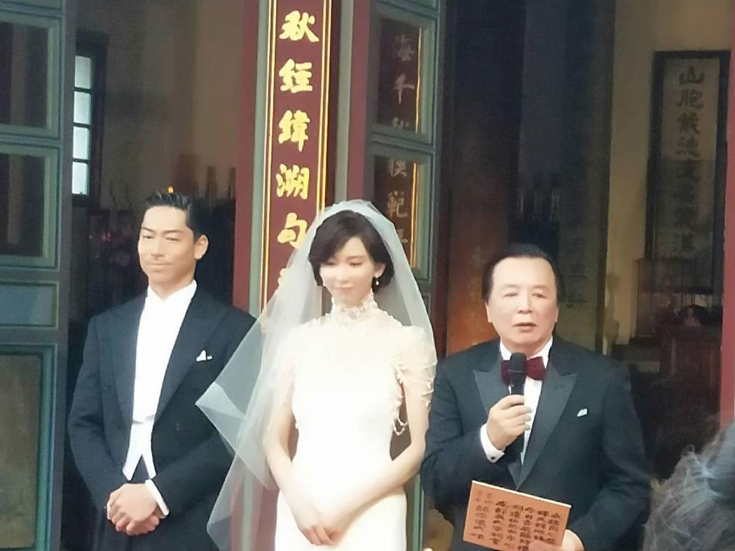 林志玲和AKIRA進行結婚儀式。 圖/賓客提供