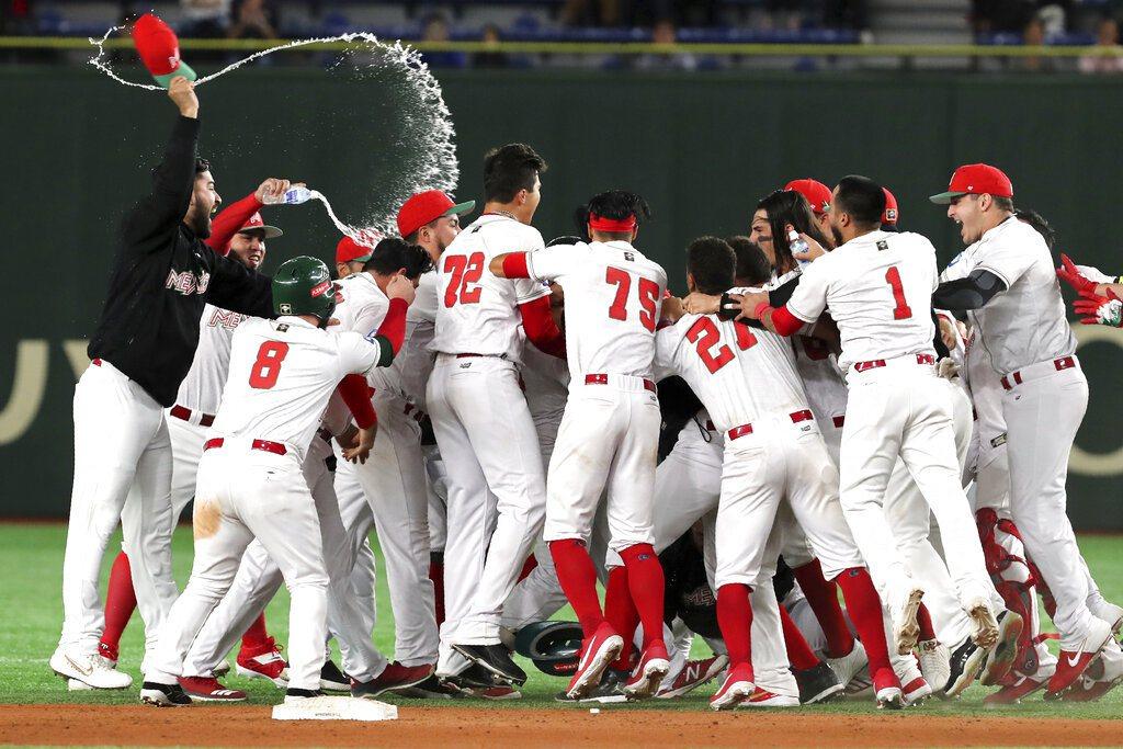 墨西哥靠再見安擊敗美國,搶下東京奧運門票。 美聯社