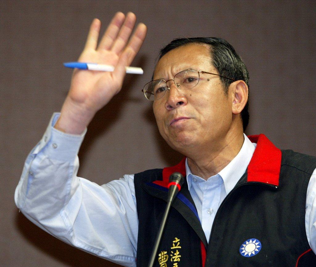 前立委曹爾忠今天宣布以無黨籍身分投入立委選戰。 聯合報系資料照片/記者潘俊宏攝影