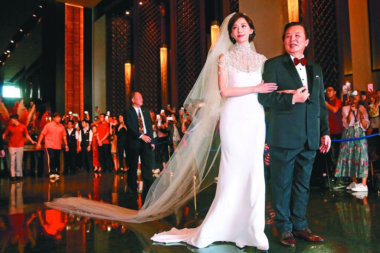 林志玲選在爸爸的故鄉台南,與AKIRA完成世紀婚禮。記者林伯東/攝影