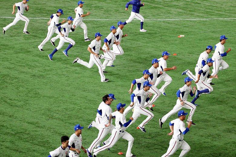 進軍東京奧運棒球之路真的是非常艱辛,中華隊屢仆屢起,仍然還有機會在最後的6搶1中...