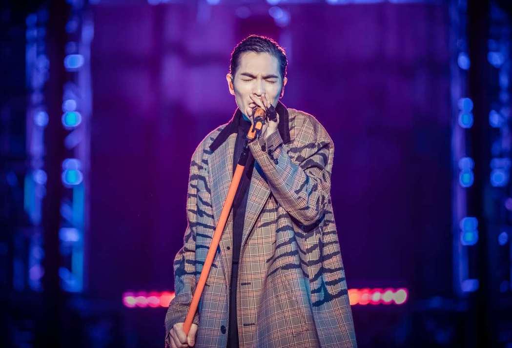 蕭敬騰在南京開唱,再次印證「雨神」封號。圖/華納提供