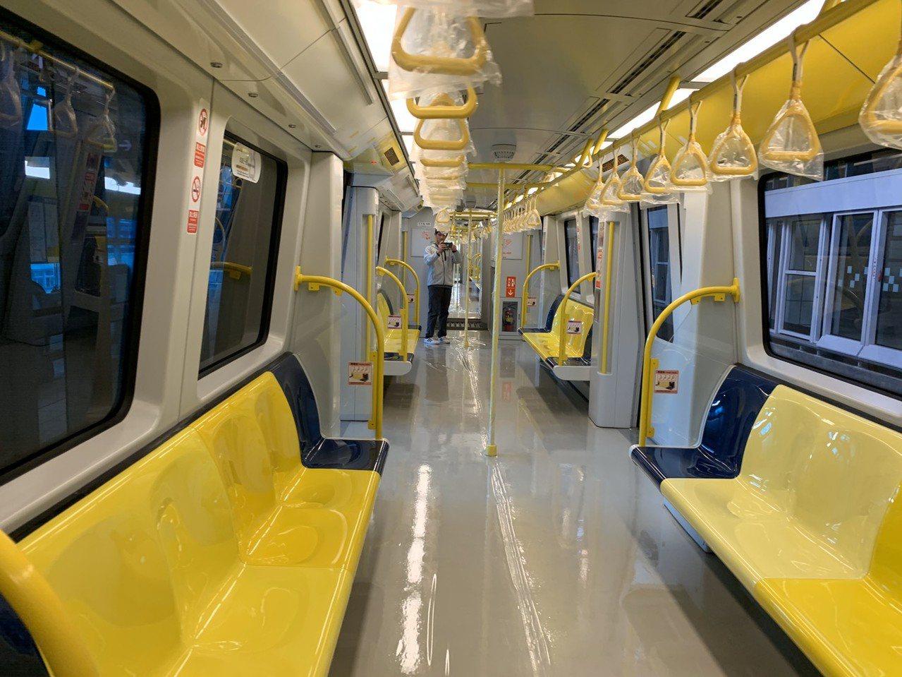 新北環狀線第一階段年底通車,全長15.4公里,共有14座車站。記者張曼蘋/攝影