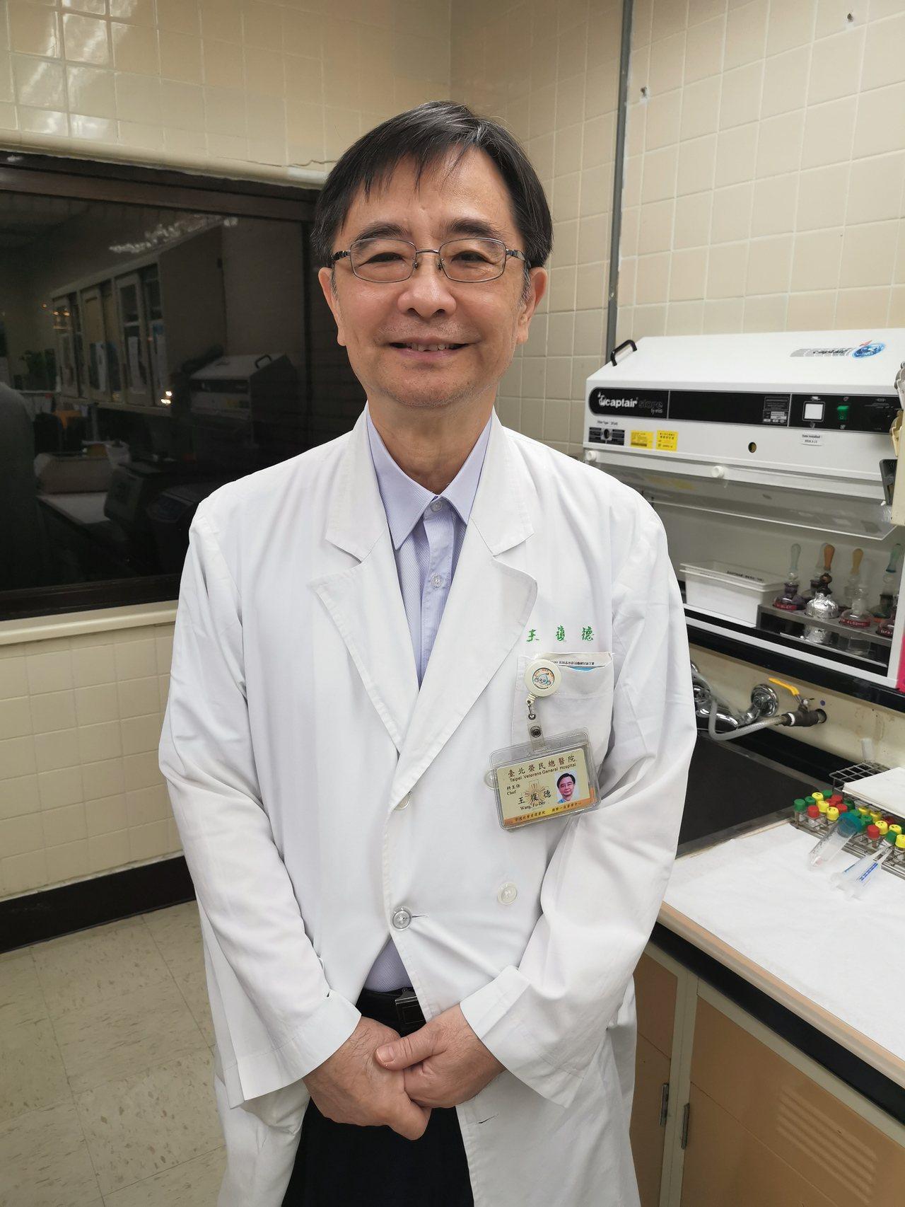 台北榮總感染科主任王復德指出,臨床上已經出現全抗細菌,日前他才治療一名全抗綠膿桿...
