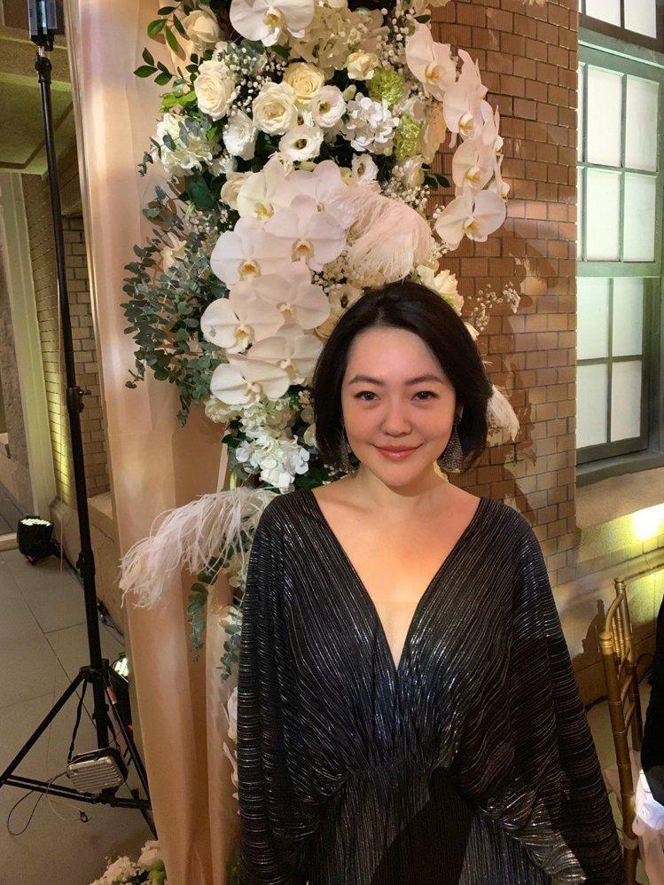 小S身穿黑色V領洋裝,低調打扮,現身林志玲大婚晚宴會場。圖/小S提供