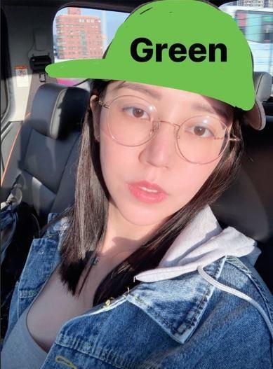 阿乃突然P了一個戴綠帽的照片。 圖/擷自阿乃IG