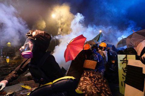 董立文/專制且無能的中共,是香港人互相傷害的禍首