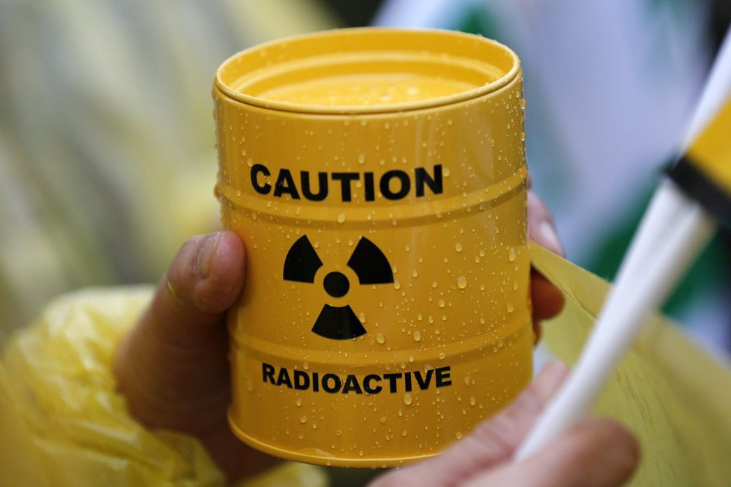 韓國瑜表示核廢料可轉化為核的再利用,並表示自己認識美國專家,新工法「像秦皇陵一樣...