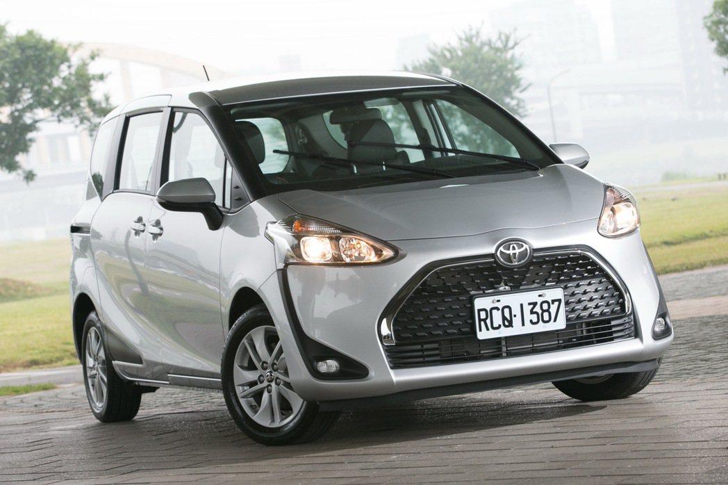 TOYOTA SIENTA是台灣最熱銷的小型MPV車款。 記者陳立凱/攝影