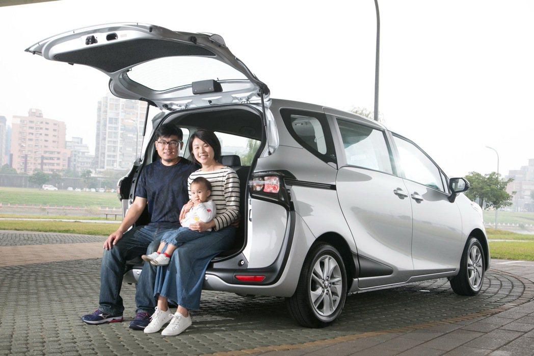 SIENTA在緊湊車身中創造最大空間利用,更有利於都會家庭使用。 記者陳立凱/攝...