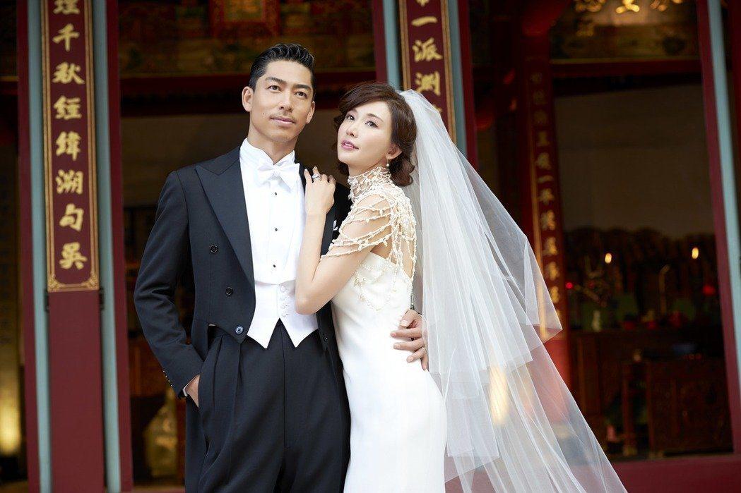 AKIRA和林志玲17日在台南補辦婚禮,留下幸福身影。圖/LDH提供