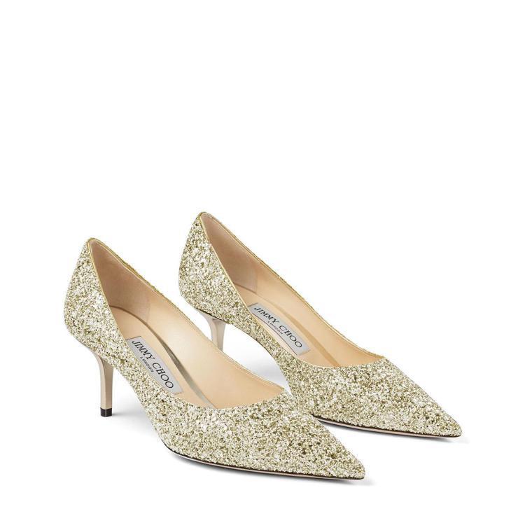 林志玲穿著Jimmy Choo Romy婚鞋跑趴,26,800元。圖/藍鐘提供
