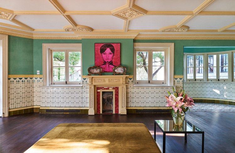 Prada於上海榮宅舉辦藝術家李青展覽「後窗」。圖/Prada提供