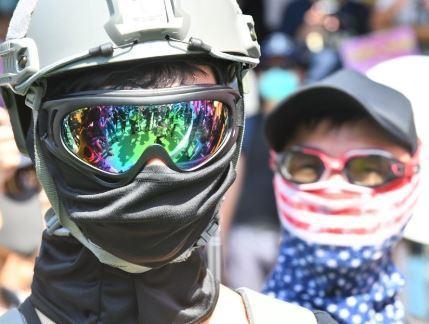 香港高院雖裁定《禁蒙面法》違憲,不過香港市民參與示威活動時是否能蒙面不公開身分,...