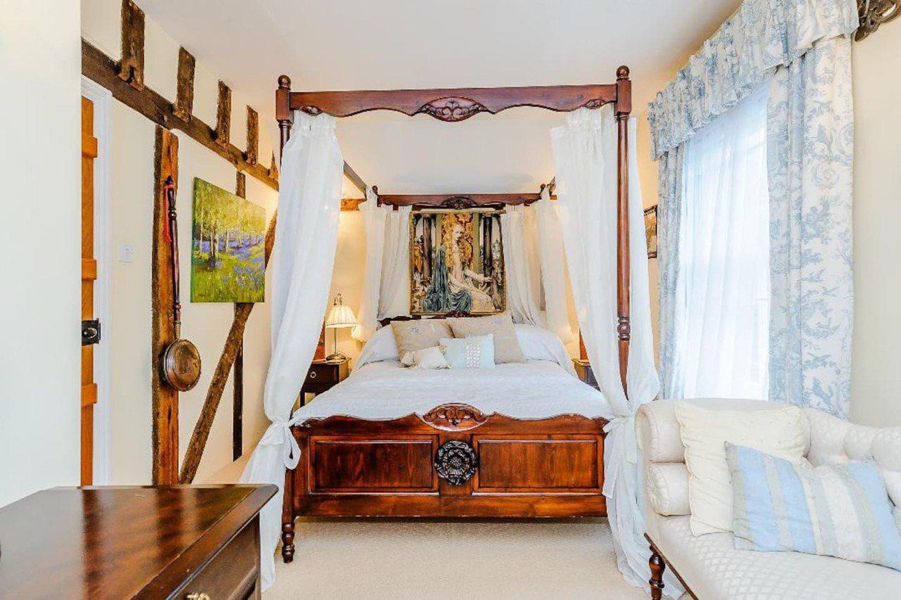 房間有多種風格提供旅客選擇。圖/摘自deverehouse.co.uk