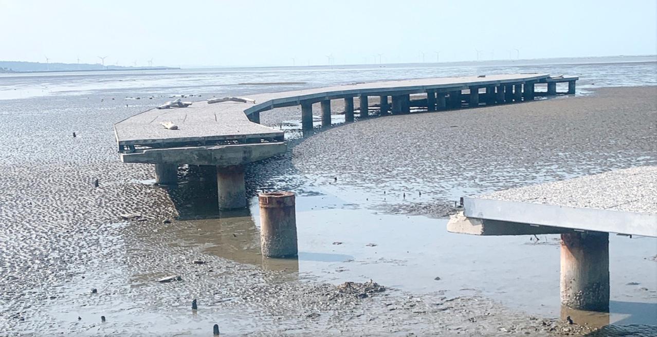 陳慶齡批賞蟹步道去年6月開放啟用至今年9月,僅用16個月就關閉至今,是最短命的公...