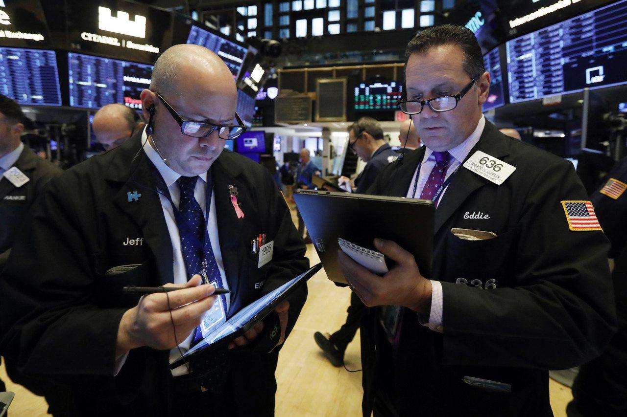 摩根士丹利預測,美國股票和公司債明年表現將不如其他主要市場。(圖/美聯社)