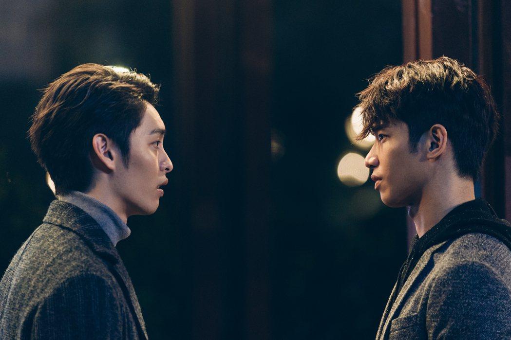 曹佑寧(左)與劉以豪在「極道千金」中是情敵。圖/Netflix提供