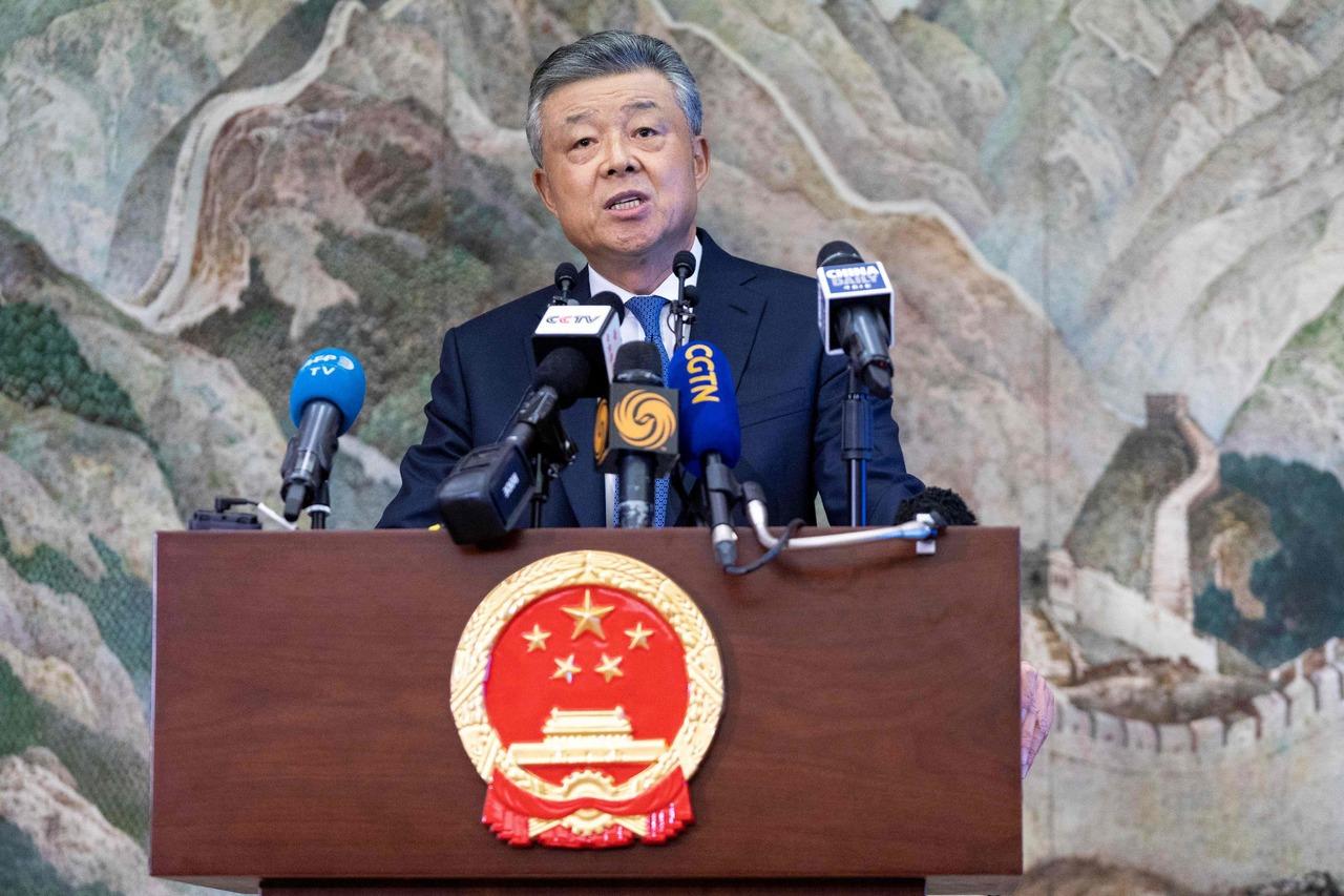中國駐英大使舌戰BBC:中國沒有監控、港府沒有失敗、新疆沒有集中營