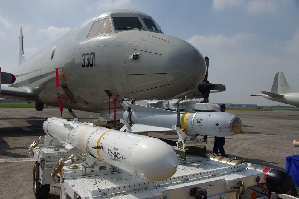P-3大幅增強國軍的反潛與海洋監偵能量,但組員辛苦程度也超越以往。圖/聯合報系資...
